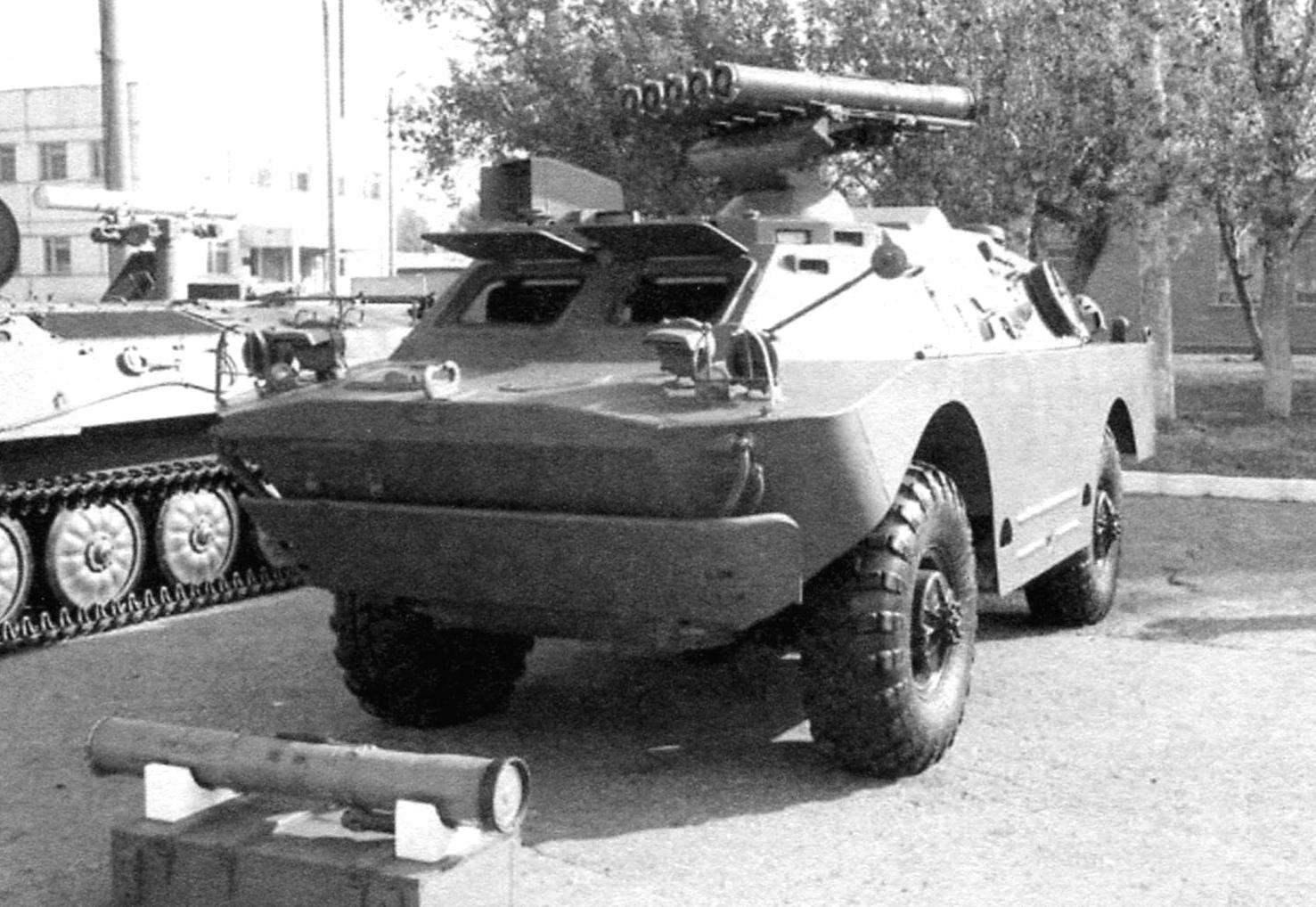 Боевая машина 9П148 ПТРК 9К113 «Конкурс»