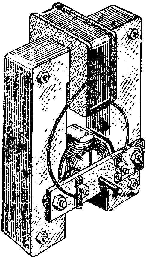 Рис. 1. Самодельный электромотор.
