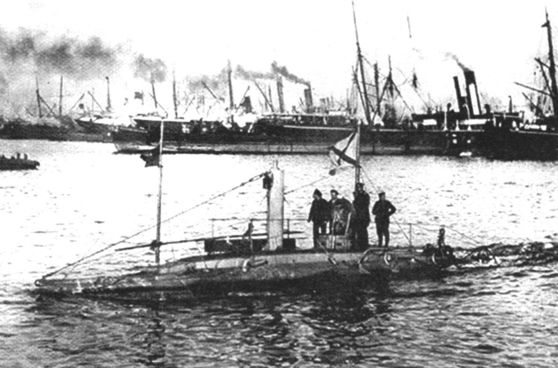 Подводная лодка «Дельфин», Россия, 1904 г.