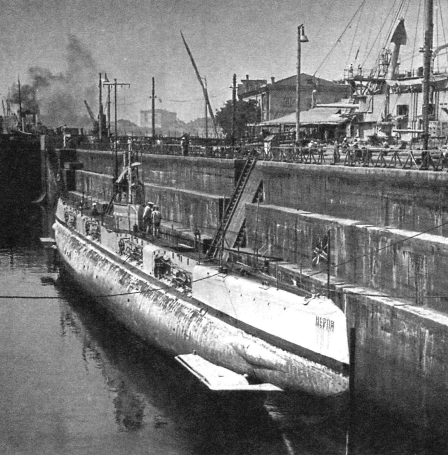 Подводная лодка «Нерпа», Россия, 1915 г.