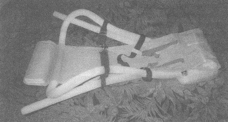 «Акваплан» в другом варианте исполнения: вместо поплавков-подлокотников использованы пенополиуретановые уплотнители, вставленные в кулиски чехла