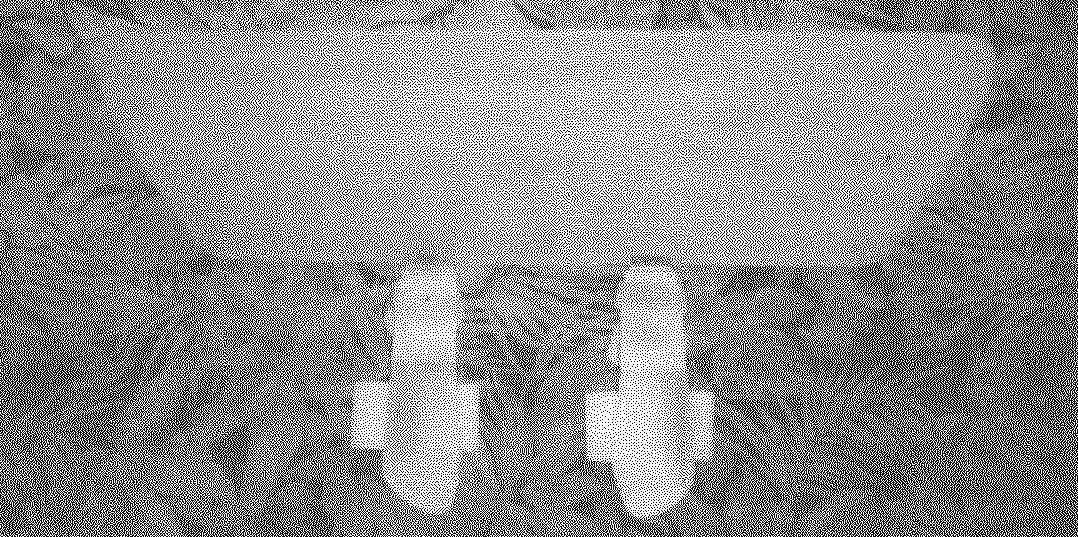 Весло для интенсивного плавания на «акваплане». Подошвы расположены под углом 90° по отношению к плоскости весла (как при «холостом ходе», когда пловец подгибает ноги и подтягивает весло поближе к «акваплану»)