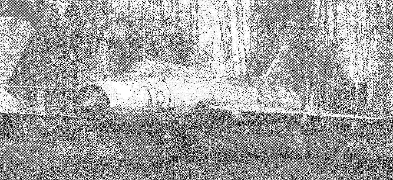 Су-17 из коллекции монинского Музея ВВС, 2007 г.