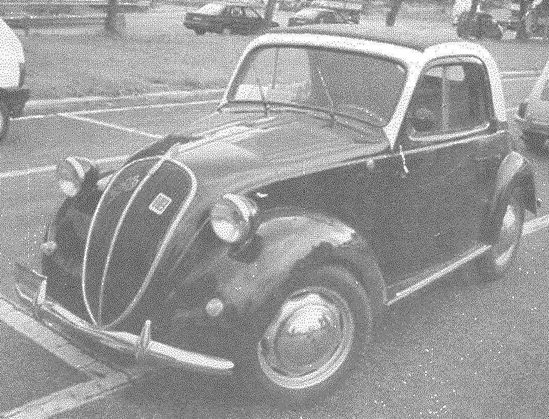 FIAT-500A Topolino выпуска 1938 года — от машины первой серии отличался левым расположением руля, появлением второй щетки стеклоочистителя и наличием переднего и заднего бамперов
