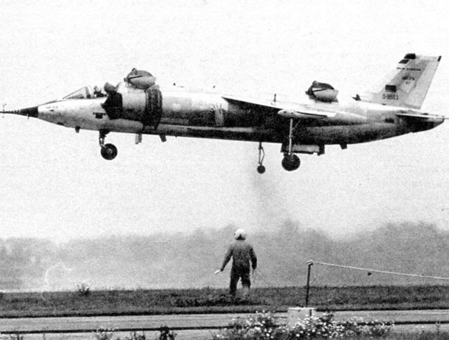 Первый полёт первого образца VAK 191В