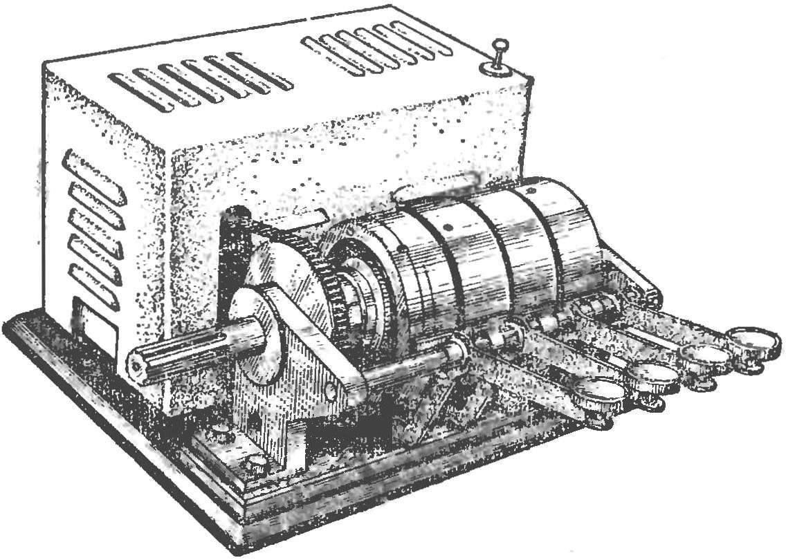 Рис. 1. Внешний вид планетарной коробки передач (модель).