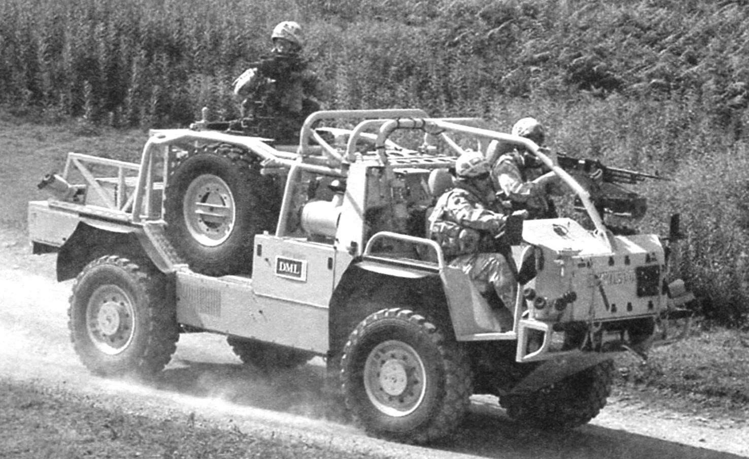 Машины «Экстенда» могут транспортироваться по воздуху военно-транспортным вертолётом CH-47 Chinook («Чинук»)