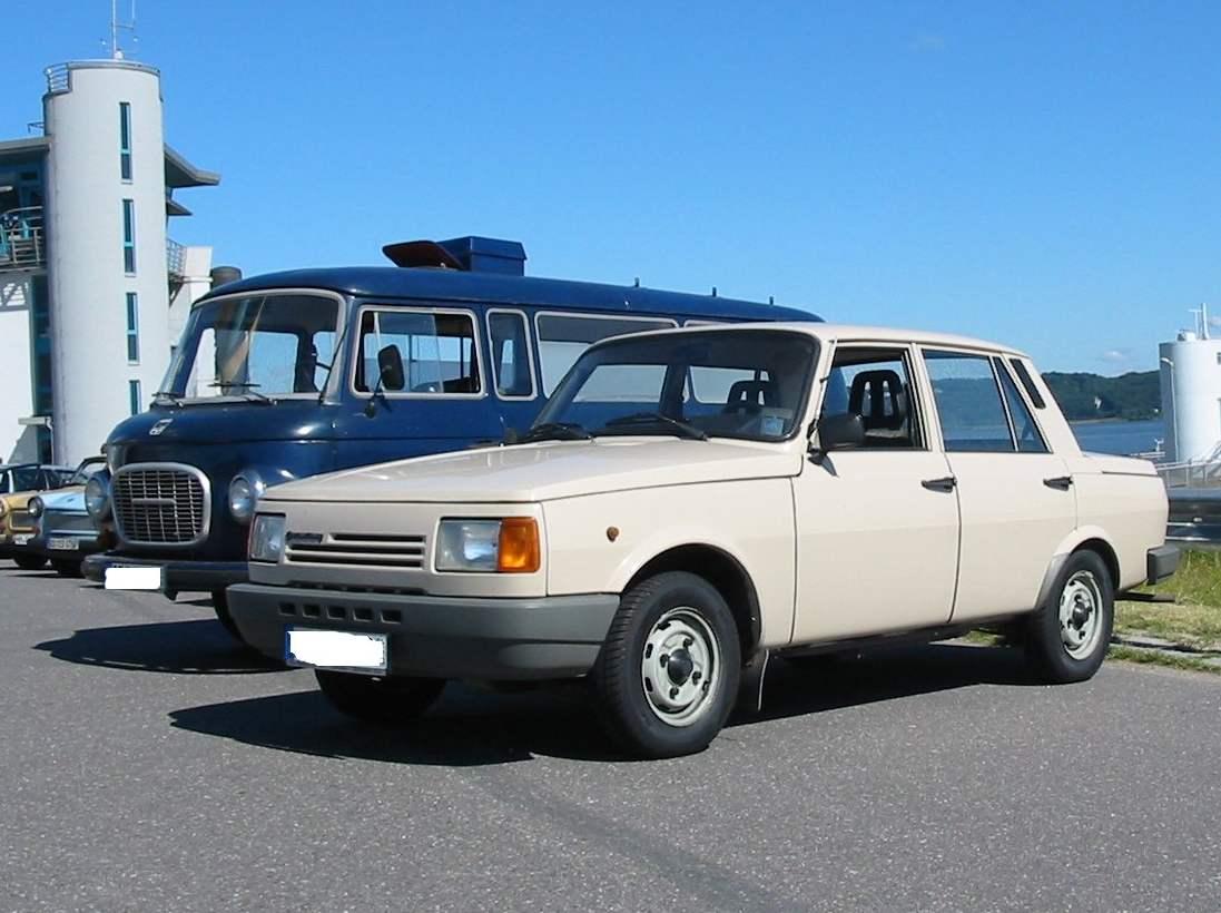 Wartburg 1.3 — автомобиль, выпускавшийся с 1988 по 1991 год