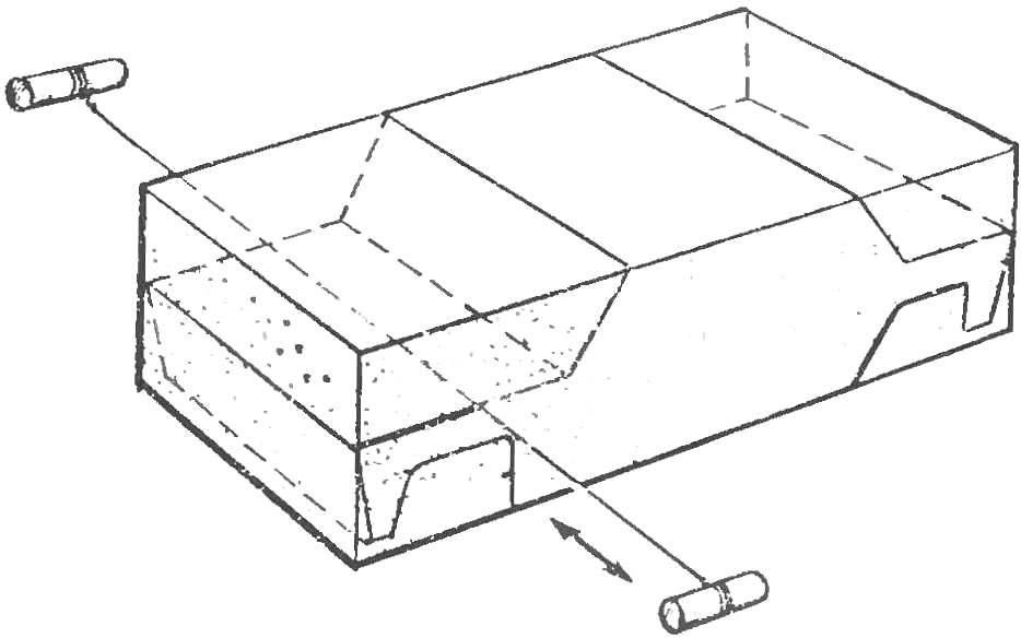 Рис. 5. Резка пенопласта стальной проволокой.