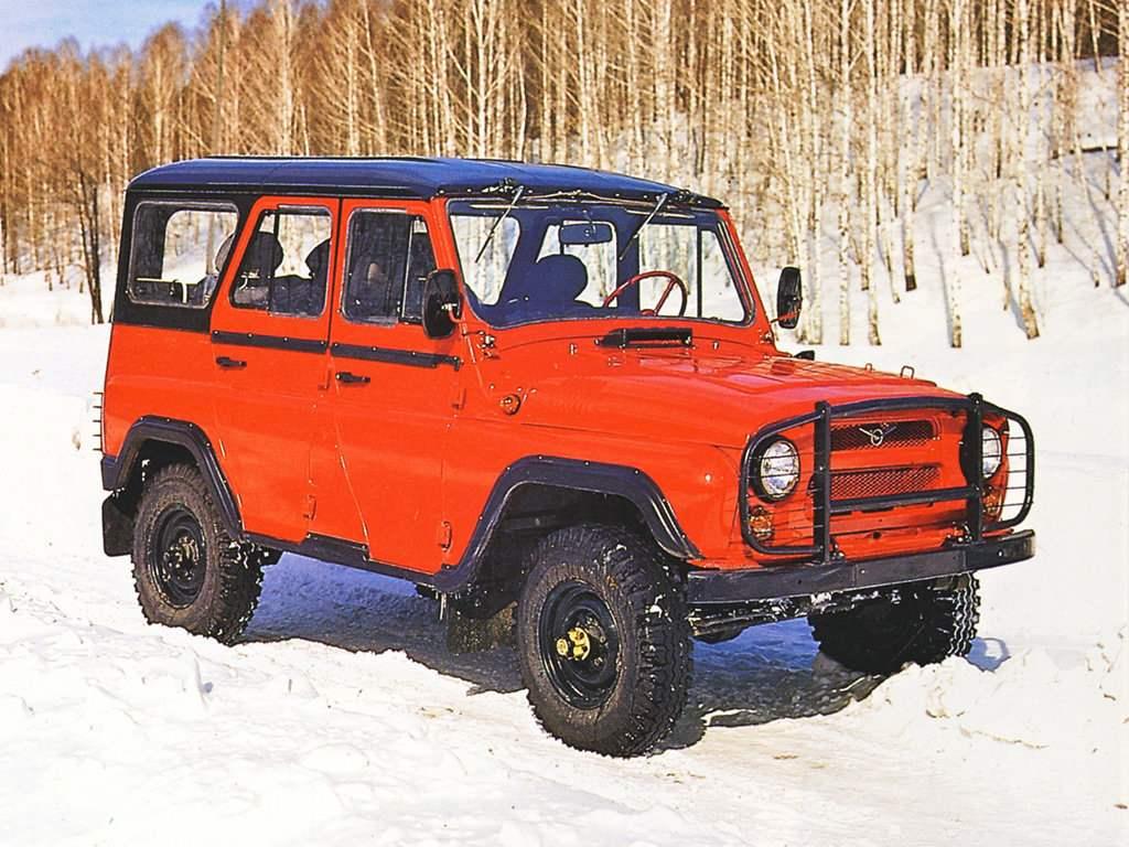 Легковой автомобиль повышенной проходимости УАЗ-3151 выпуска 1985 года