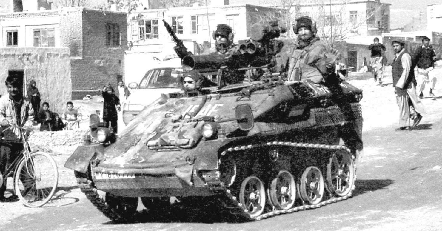 «Визель» TOW на улице одного из городов Афганистана. Немецкий контингент сил Международной коалиции по содействию безопасности, Афганистан, 2011 г.