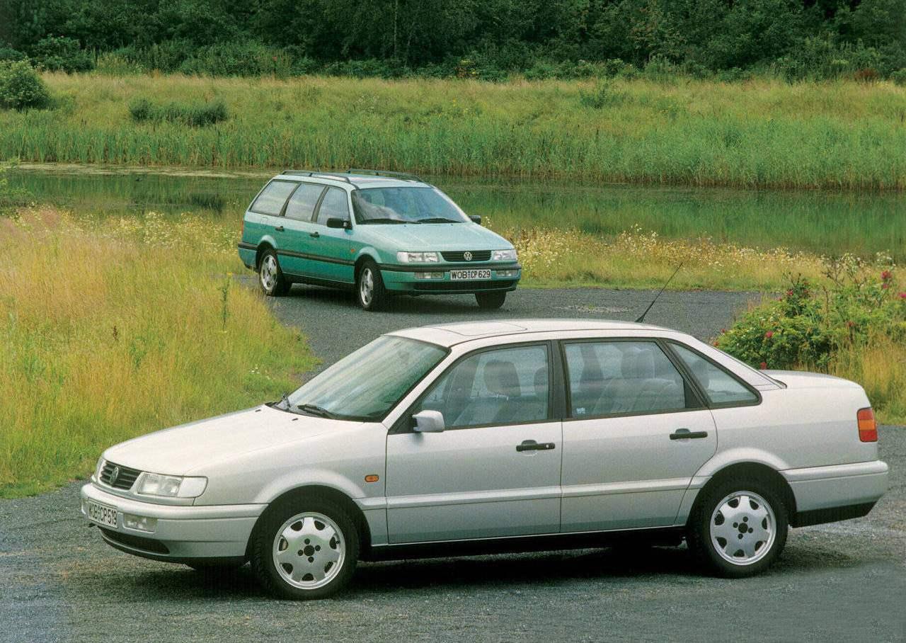 VW PASSAT четвертого поколения (1993 г.)