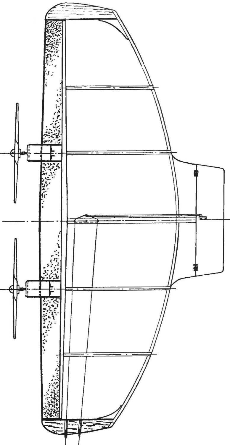 Двухмоторный вариант модели «воздушного боя»