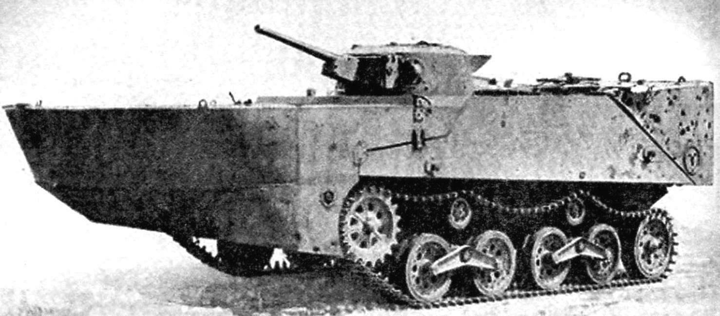 Японский плавающий танк «Ка-Ми», оборудованный передним и задним понтонами