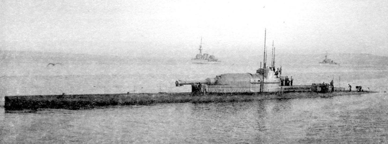Субмарина «М-2», с 12-дюймовой пушкой
