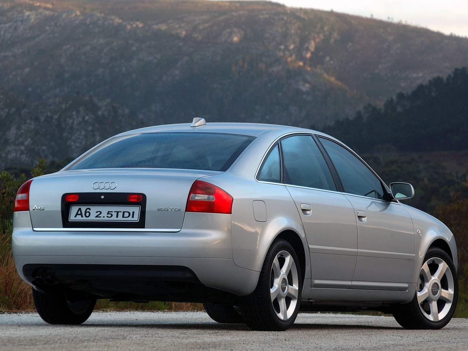 Седан AUDI А6 выпуска 2004 года