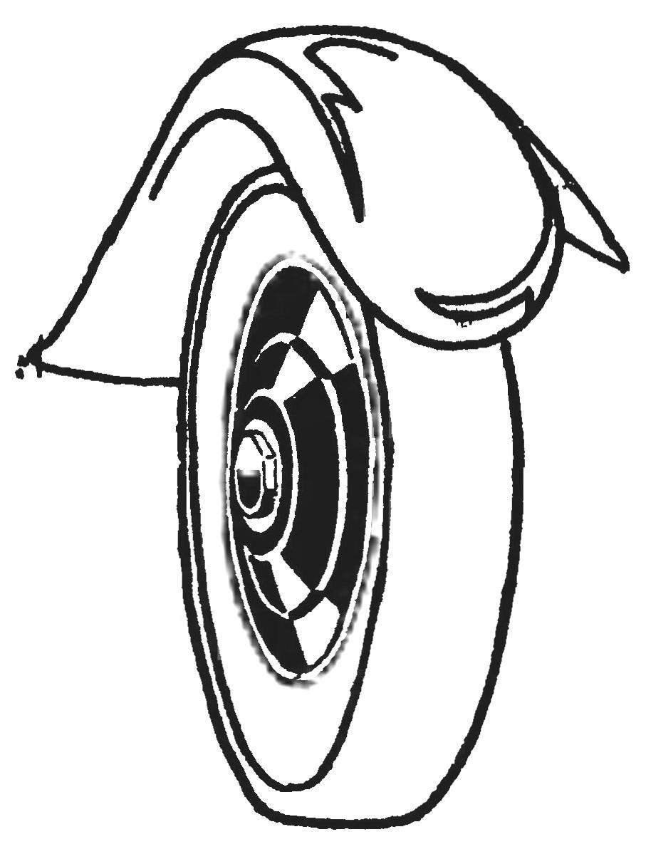 Колесо «Испано-сюизы», закрытое ступенчатым колпаком.