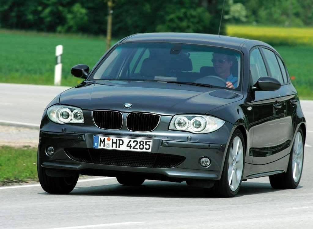 Новый автомобиль гольф-класса фирмы Bayerische Motorenwerke — BMW SERIES 1