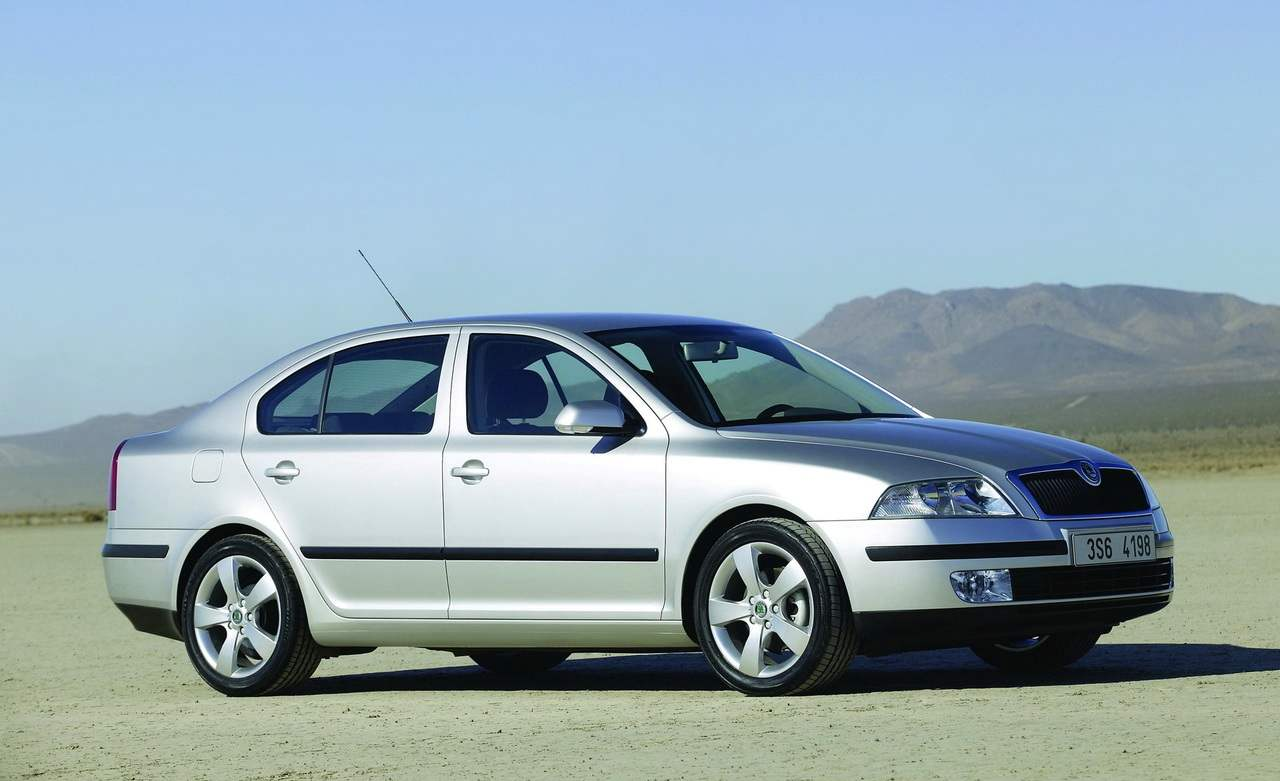 The new SKODA OCTAVIA, is built on the platform of the VW GOLF V was unveiled at the Geneva motor show 2004