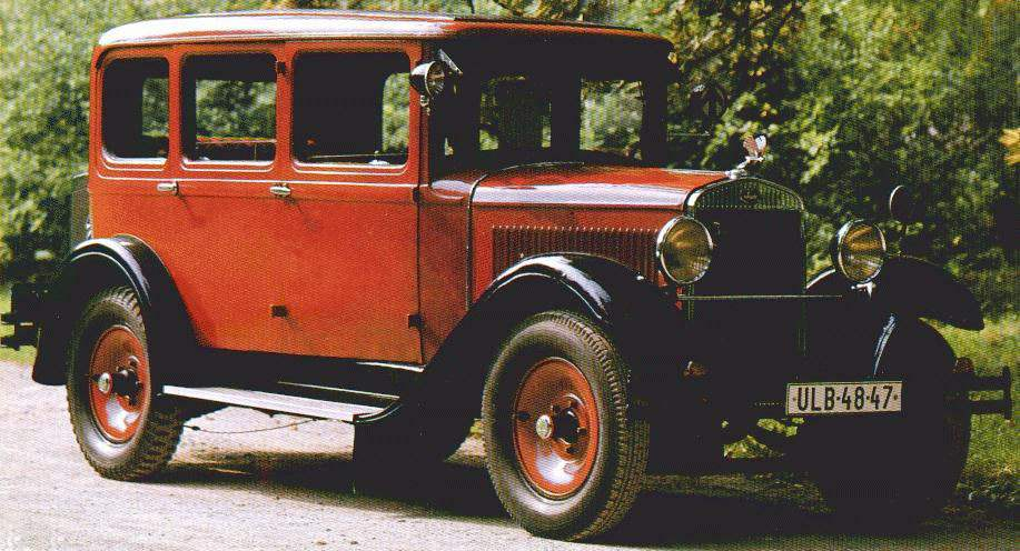 SKODA 430 is the first car designed in 1929, with the participation of specialists of the company Laurin & Klemen after its merger with the industrial group Skoda. By design, the machine is a little different from L&K 110, 1924