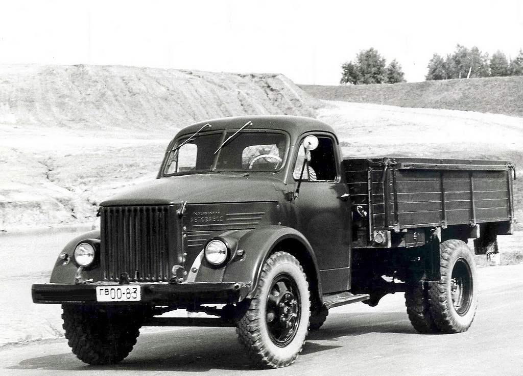 ГАЗ-51 — массовый грузовой автомобиль выпуска 1946 года