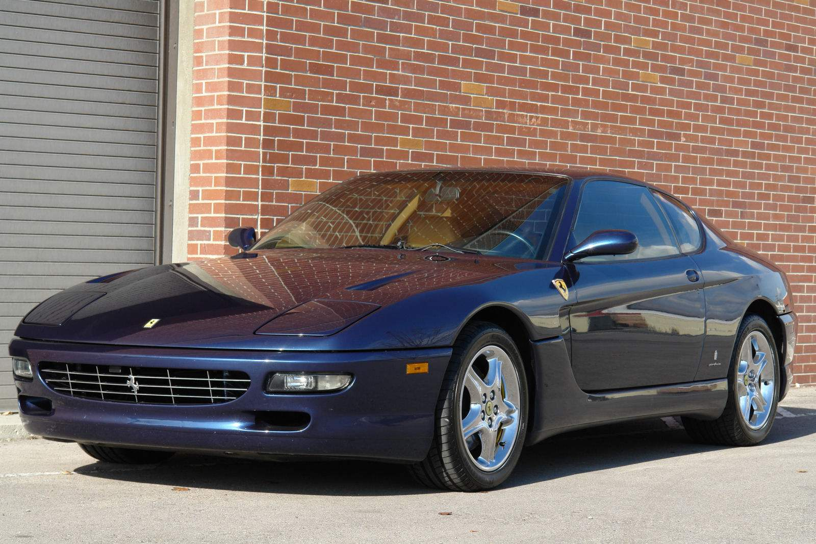 FERRARI 456GT выпуска 1992 года — любимое транспортное средство представителей королевских семей Европы