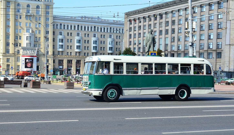 ЗиЛ-158 выпуска 1957 года — массовый автобус средней вместимости 1960-х годов