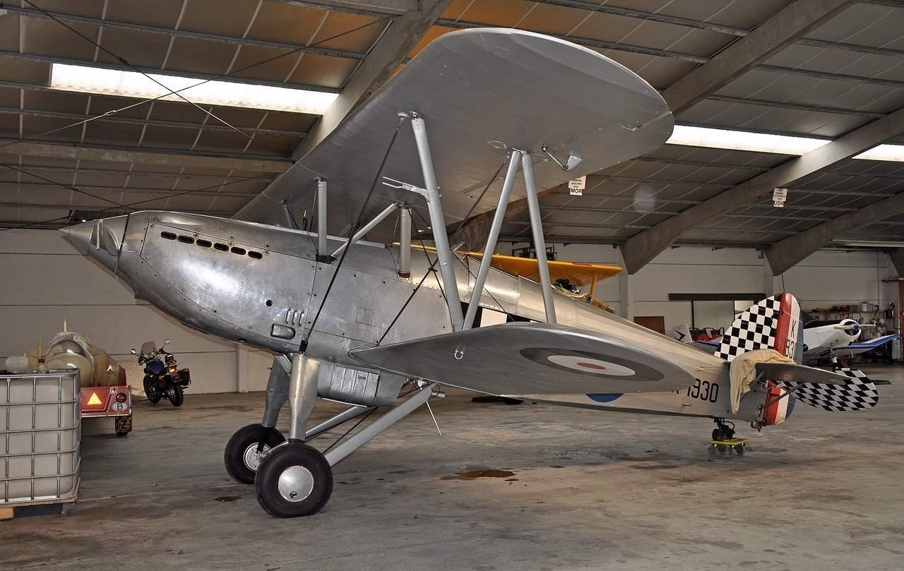 Истребитель FURY I