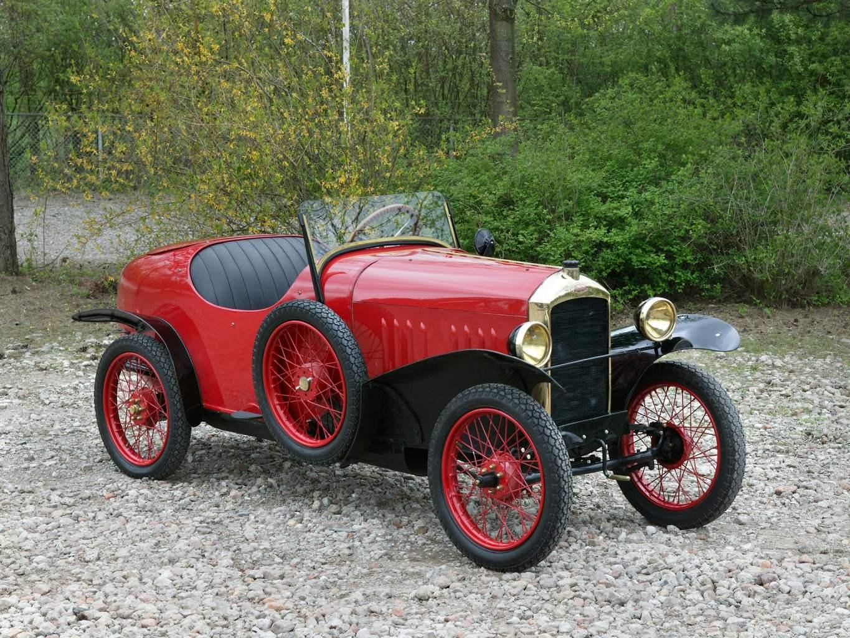 PEUGEOT 172 выпуска 1925 года — вуатюретка с претензией на дизайн спортивного автомобиля того времени