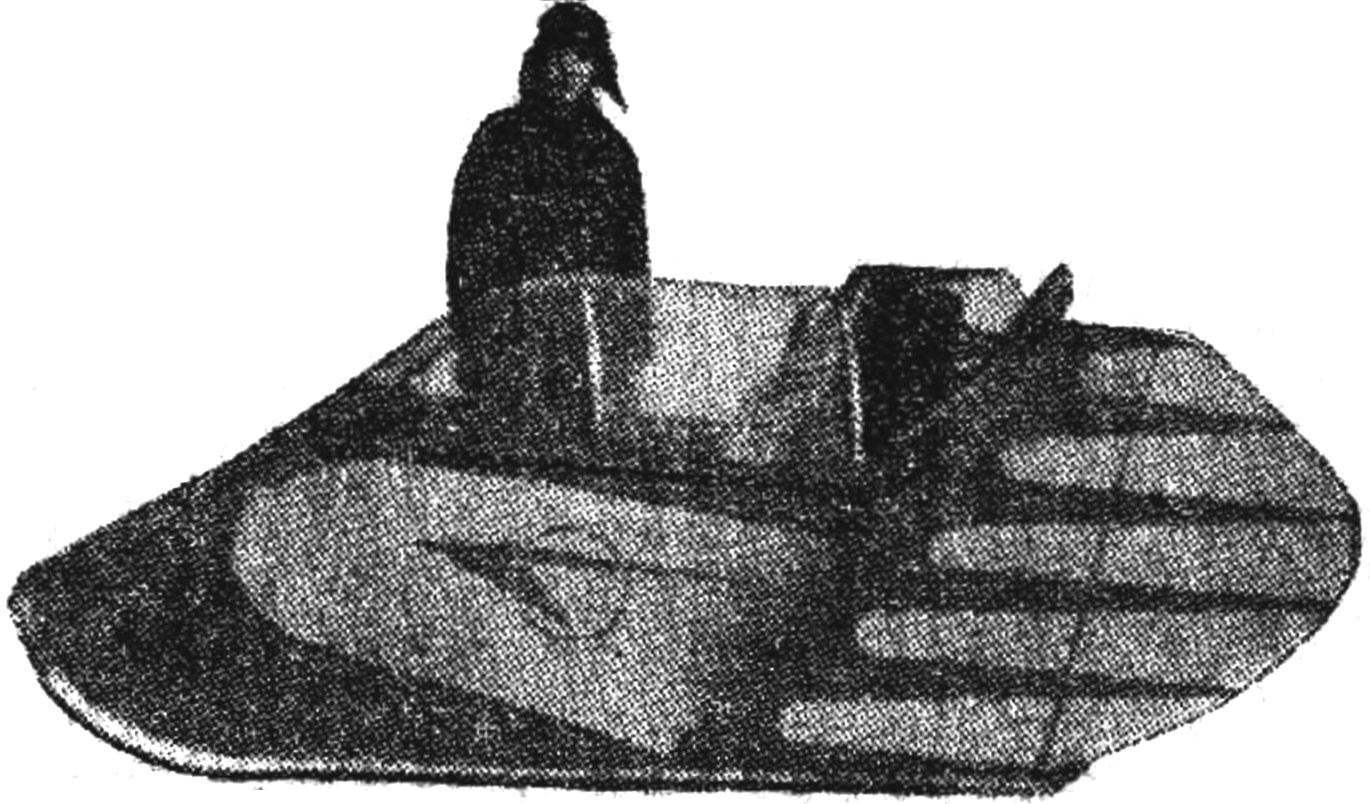 The first design P. A. Deryabkin snowmobile-amphibian