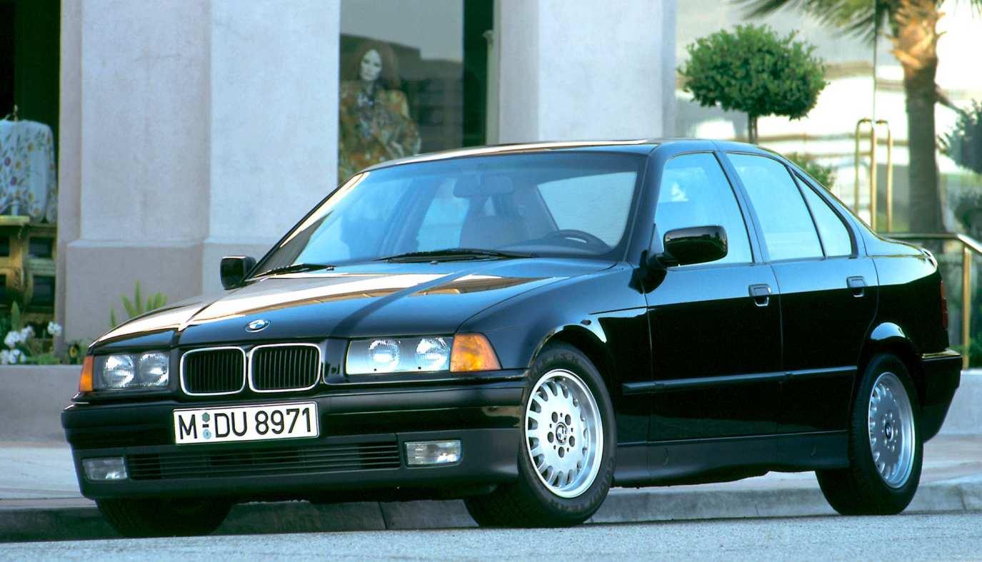 Автомобили третьей серии— наиболее удачные машины в своем классе (1990 г.)