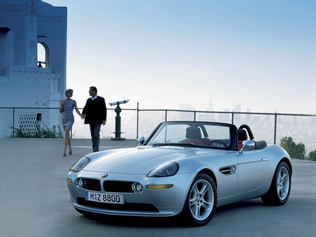 Самый престижный и дорогой из существующих автомобилей фирмы Bayerische Motorenwerke — BMW Z8 (2000 г.)