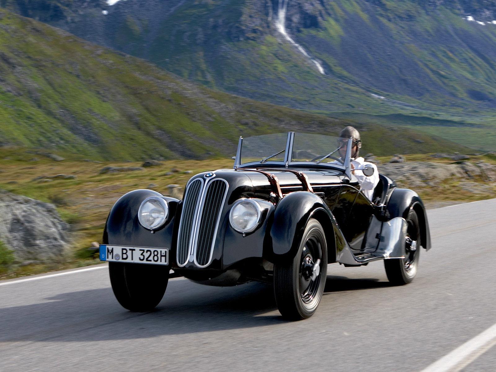 Sports car BMW 328 — the car that brought Bayerische Motorenwerke worldwide fame (1936)
