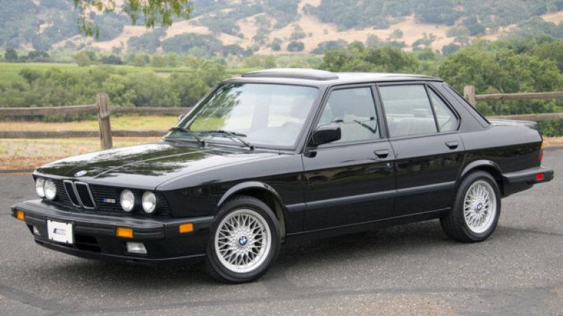 Очередная «пятерка» образца 1988 года — BMW 528i