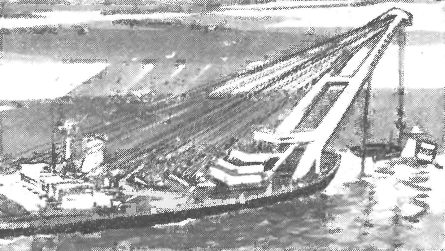 Fig. 4. New powerful crane