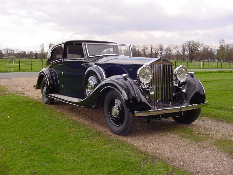ROLLS-ROYCE PHANTOM III выпуска 1936 года — самый роскошный автомобиль своего времени