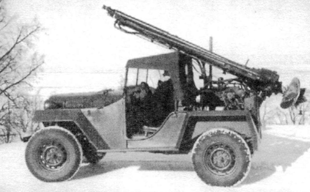 GAZ-67B peacetime: a chassis mounted drilling rig