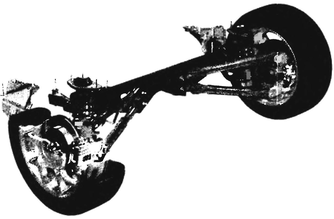 Rear suspension of the car MINI COOPER S— spring, semi-independent, multi-link