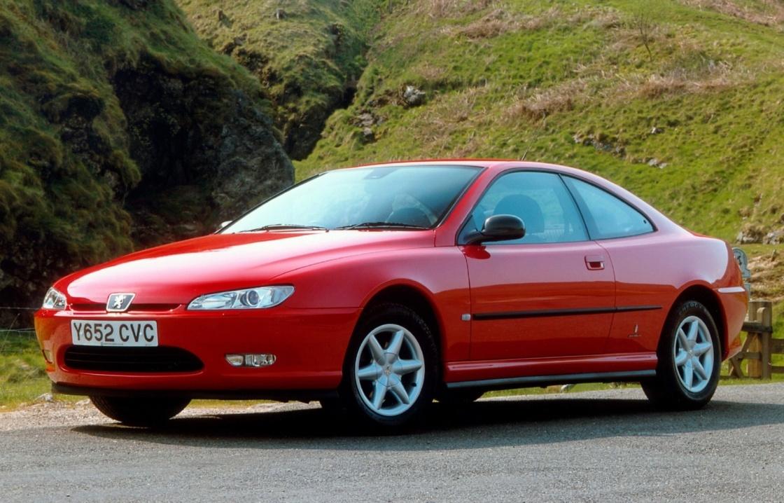 PEUGEOT 406 в варианте купе с двигателем мощностью 190 л. с. (1997 г.). «406-й» выпускался и в вариантах седан и универсал двигателями от 90 до 194 л.с.