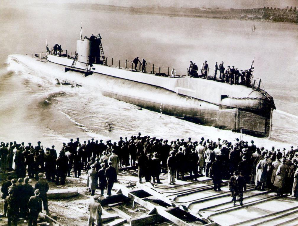Спуск на воду английской подводной лодки «Юнити» (тип «U»)