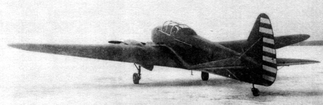 Опытный экземпляр УТ-3 (№ 17а) на государственных испытаниях в НИИ ВВС