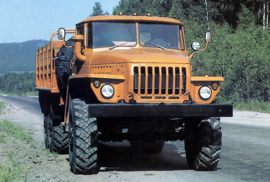 The URAL CARS: FROM the ZIS TO