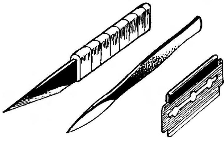 Рис. 8. Инструмент для ручной резки бальзы