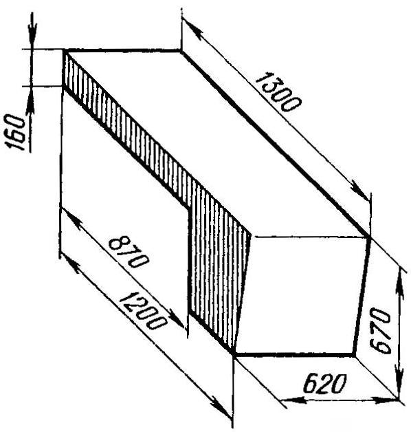 Капот двигателя (стальной лист s1,6)