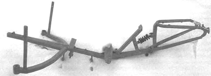 Рама и подвеска заднего колеса в сборе