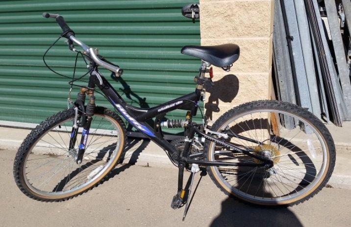 Шаг 1: Снимите компоненты с велосипеда