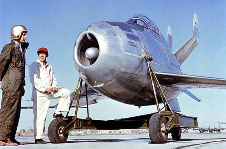 XF-85 после модернизации в конце 1948 года