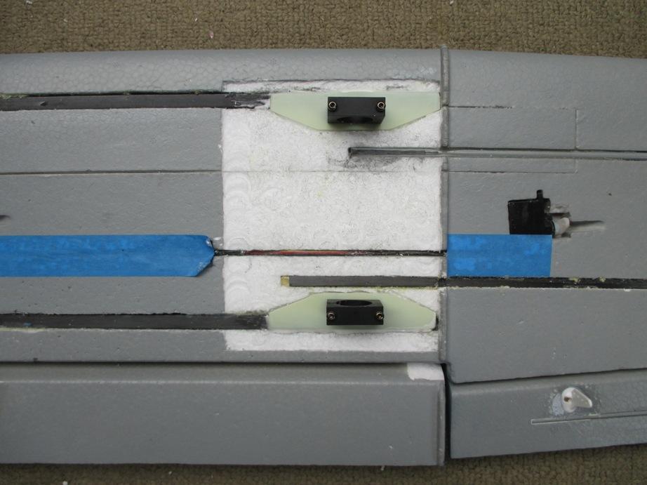 Шаг 8: Компоненты квадрокоптера: монтажные проушины