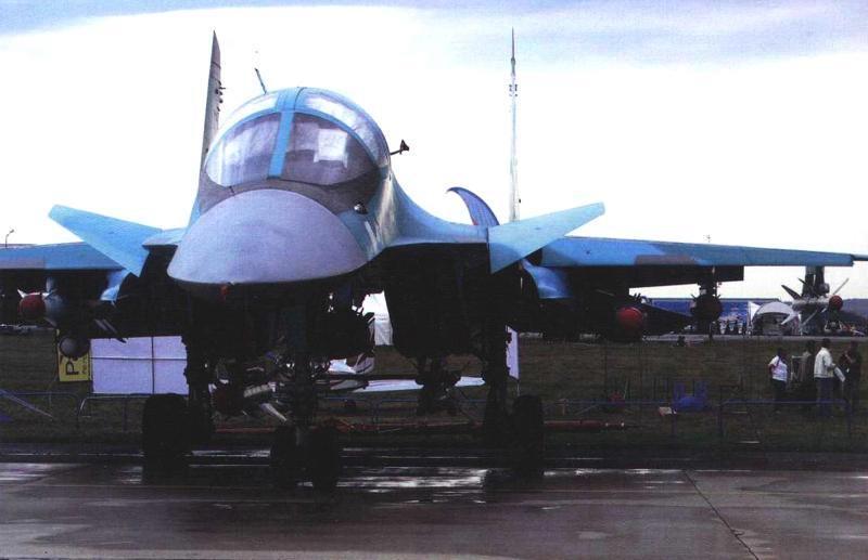 Су-34 на авиасалоне МАКС-2009