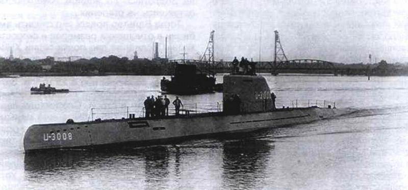 Подводная лодка U-3008. Портсмут. Август 1946 г.